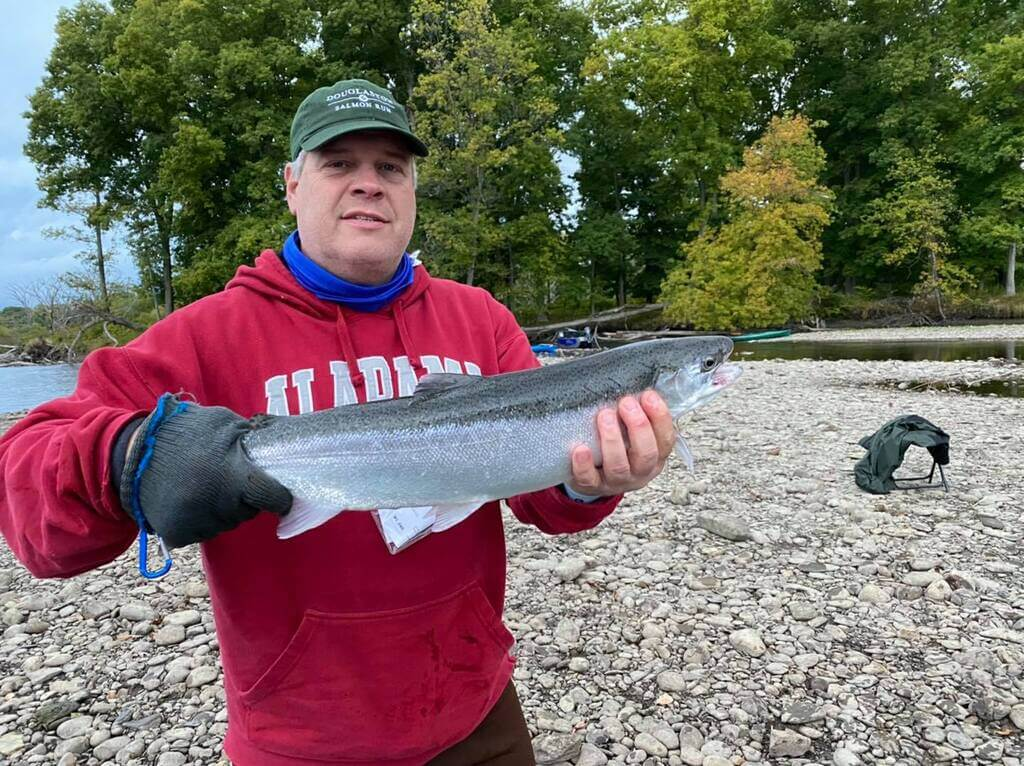 Salmon Wade Guide Service