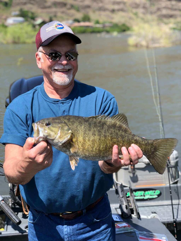 Snake River Smallmouth Bass Fishing Trips